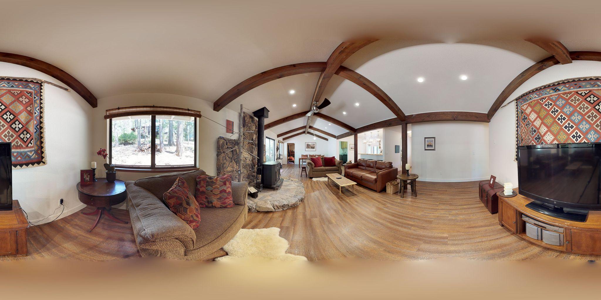 Bekijk de opzet en voorzieningen van deze woning in een weergave van 360 graden.